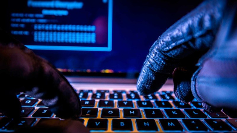 Rafael Núñez: Hackers use social engineering to get personal information from online users